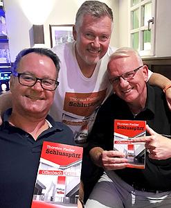 Was braucht ein Autor? Einen Verleger: Gerd Fischer und einen Psychologen: Dr. Matthias Schwarz (zumindest wenn man kein Buch verkauft)